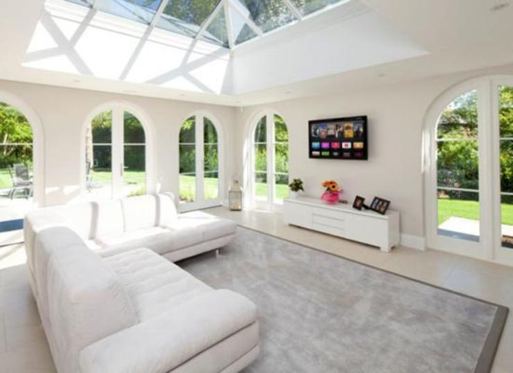 Kent Multi Room Audio Modern conservatory by New Wave AV Modern