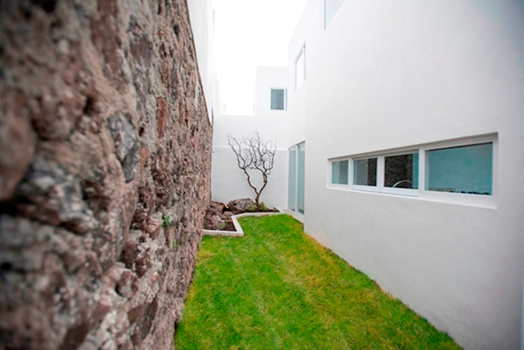 Patio Jardines minimalistas de JF ARQUITECTOS Minimalista