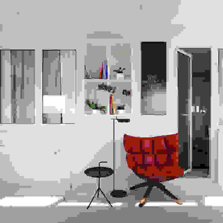Оксана Мухина minimalist style balcony, porch & terrace