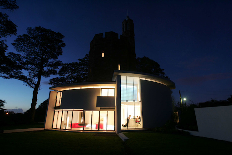 Lymm Water Tower Modern Houses by Kate and Sam Lighting Designers Modern
