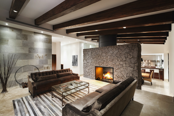 Sala y nueva chimenea de leña Livings modernos: Ideas, imágenes y decoración de Juan Luis Fernández Arquitecto Moderno