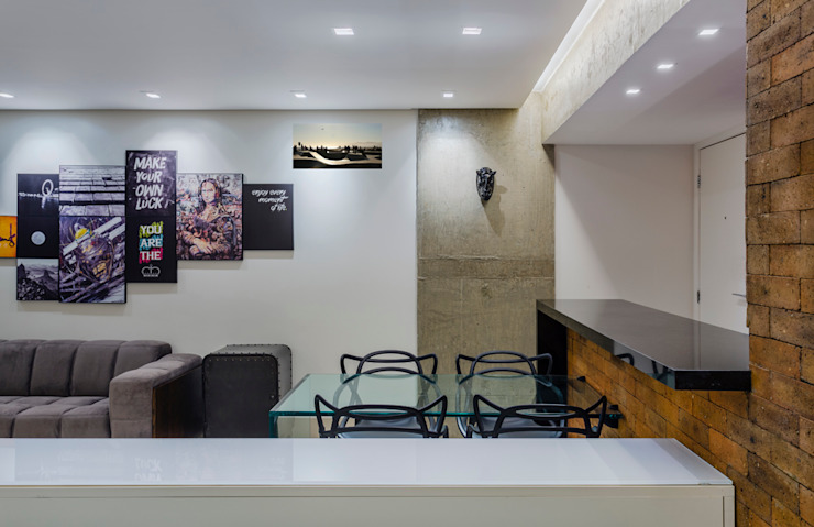 CONCRETE STRUCTURE Salas de jantar industriais por STUDIO ANDRE LENZA Industrial Granito