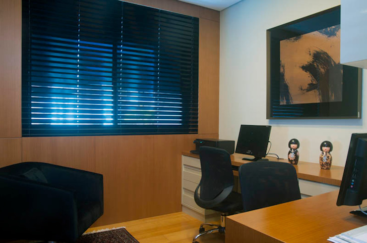 Apartamento Beiramar FL Escritórios modernos por KARINA KOETZLER arquitetura e interiores Moderno