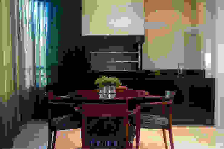 Apartamento Beiramar FL Varandas, alpendres e terraços modernos por KARINA KOETZLER arquitetura e interiores Moderno