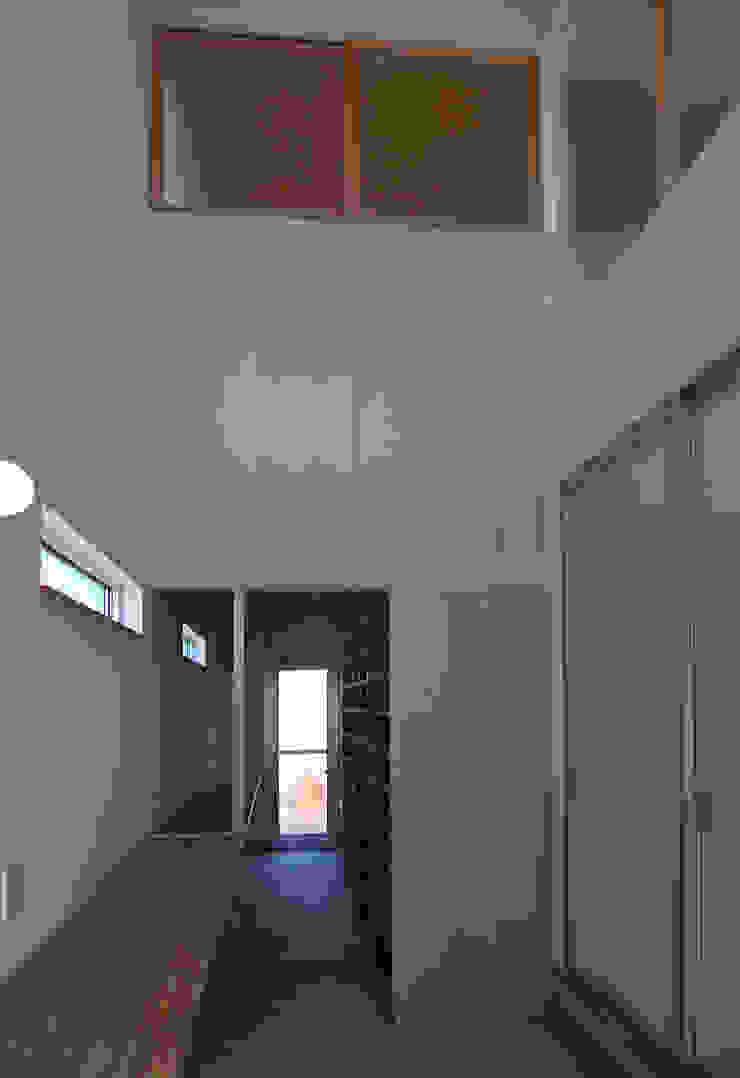 modern  by 原 空間工作所 HARA Urban Space Factory, Modern Wood Wood effect