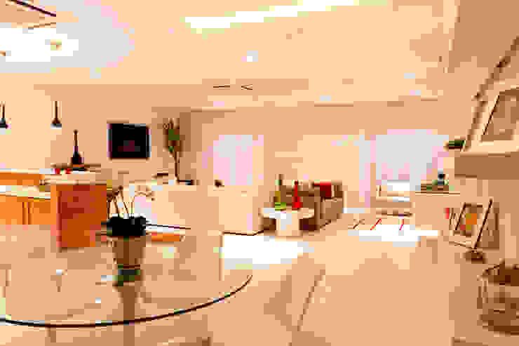 Apartamento Beiramar FL-3 Salas de estar modernas por KARINA KOETZLER arquitetura e interiores Moderno
