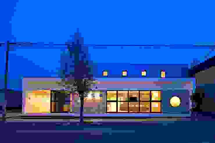 江別こばやし眼科 モダンな病院 の 一級建築士事務所 アトリエTARO モダン