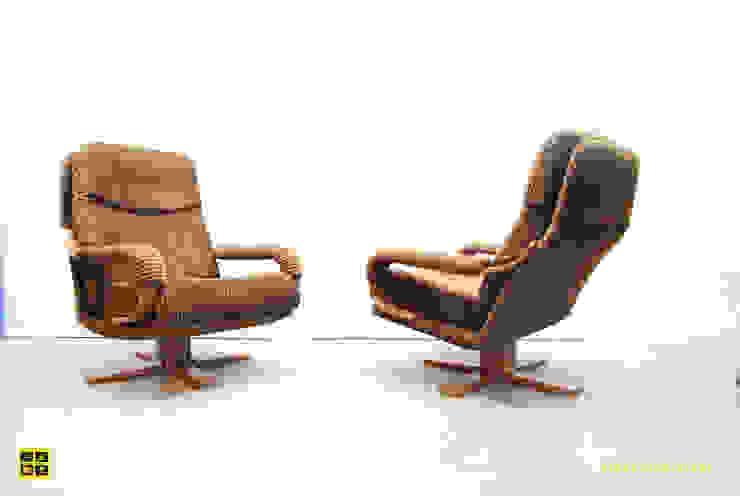swivelchairs velvet corduroy upholstery / 80's van De gele etalage Scandinavisch