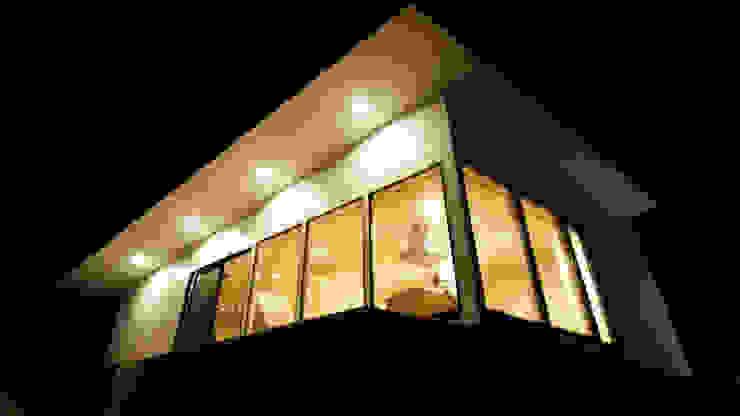 Minimalist house by 宮城雅子建築設計事務所 miyagi masako architect design office , kodomocafe Minimalist
