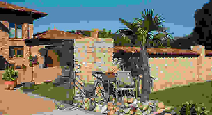 Taman Gaya Mediteran Oleh Rimini Baustoffe GmbH Mediteran
