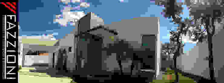FACHADA FRONTAL Casas modernas por Fazzioni Moderno