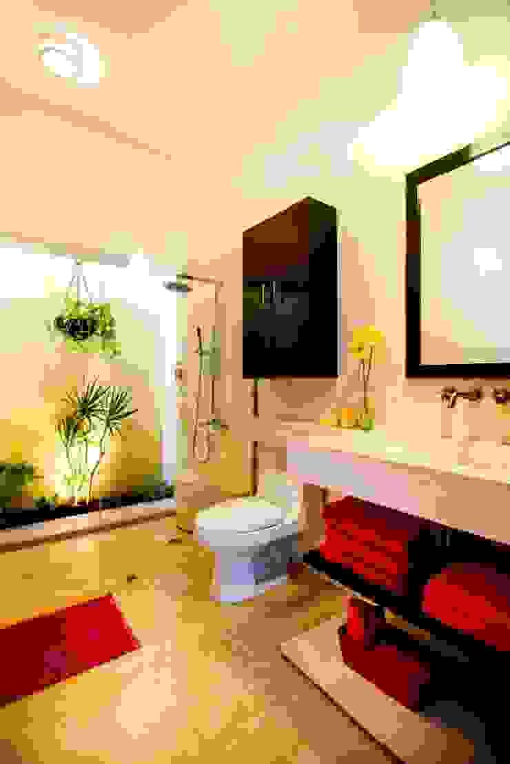 Taller Estilo Arquitectura Ванна кімната Червоний