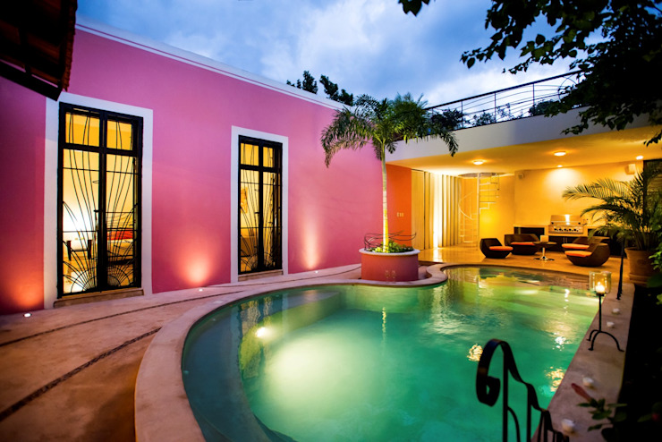 Modern pool by Taller Estilo Arquitectura Modern