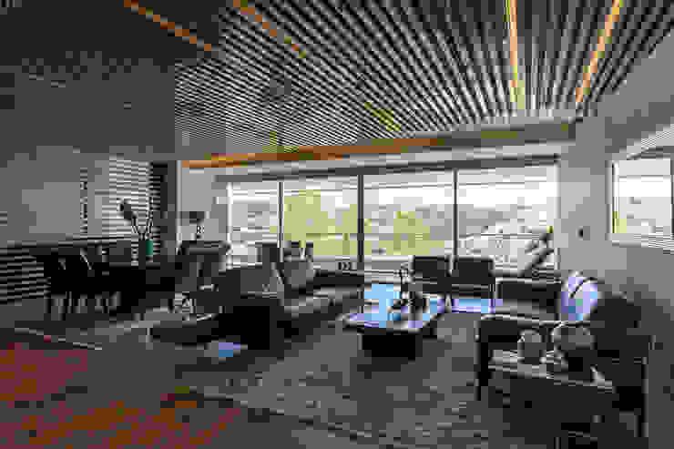 DEPARTAMENTO EN BOSQUE REAL Salones modernos de HO arquitectura de interiores Moderno