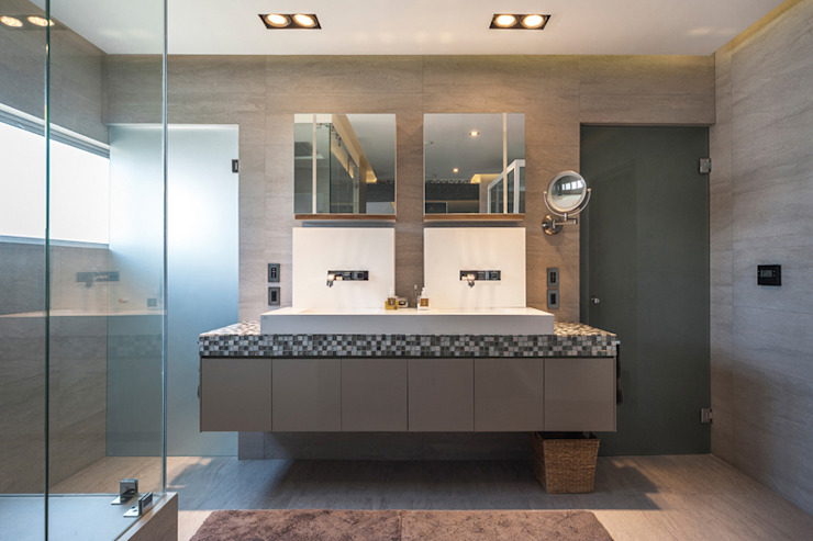 Modern bathroom by HO arquitectura de interiores Modern