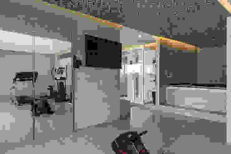 Gimnasios domésticos de estilo moderno de HO arquitectura de interiores Moderno