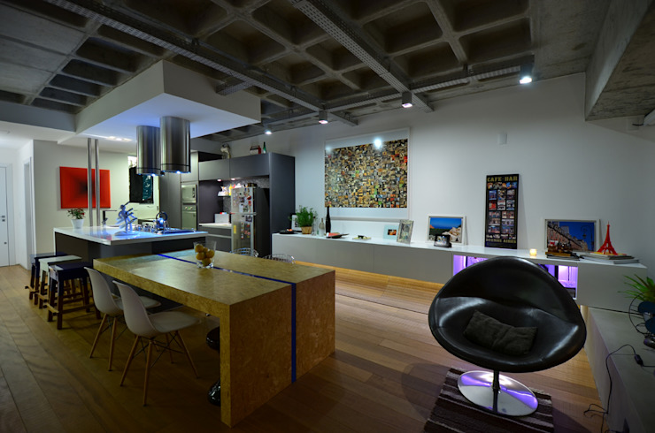 Industrial style dining room by HECHER YLLANA ARQUITETOS Industrial