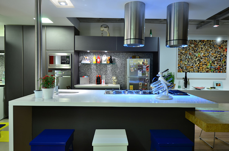 HECHER YLLANA ARQUITETOS Industrial style kitchen