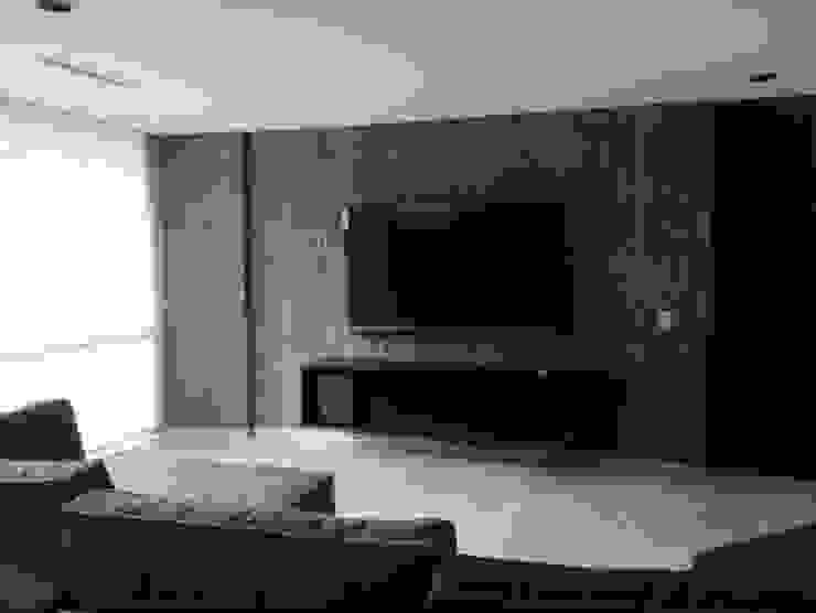 Mueble de tv, y muro con papel tapíz de HO arquitectura de interiores Moderno