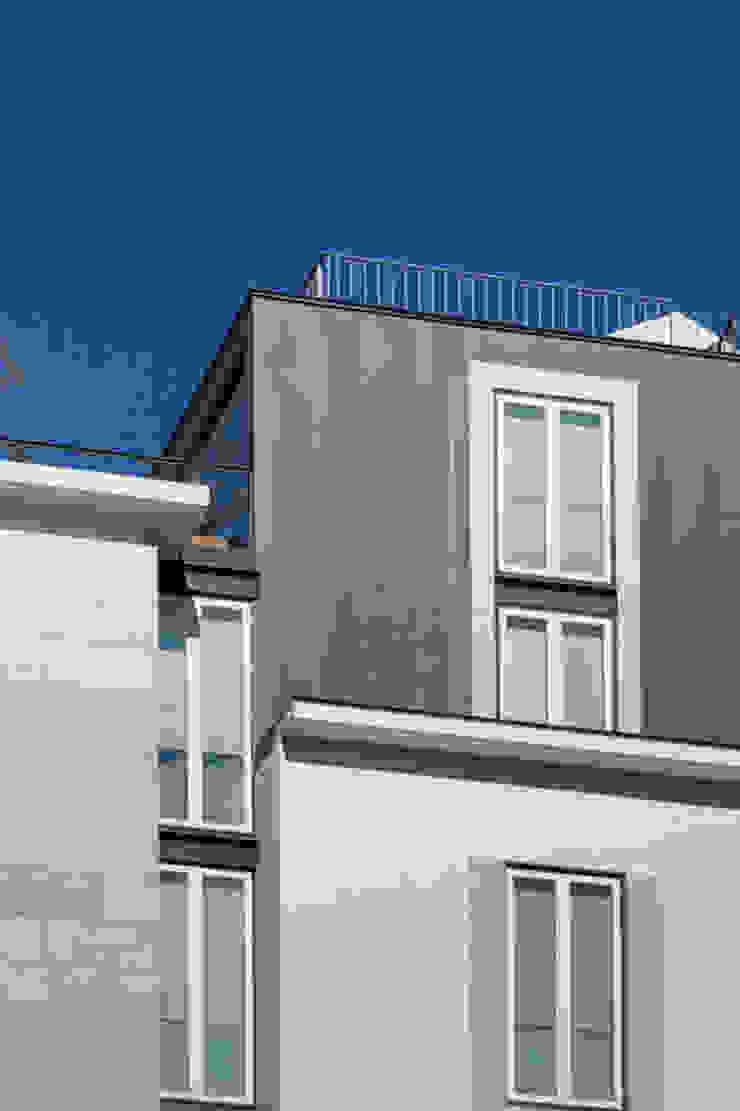 PAÇO DO DUQUE BUILDINGS LISBON Casas clássicas por OPERA I DESIGN MATTERS Clássico