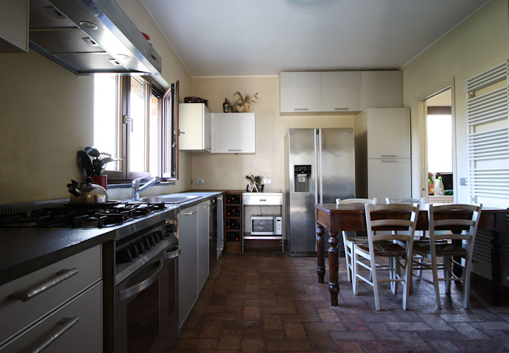Cocinas de estilo rural de ARCHITETTO FRANCA DE GIULI Rural