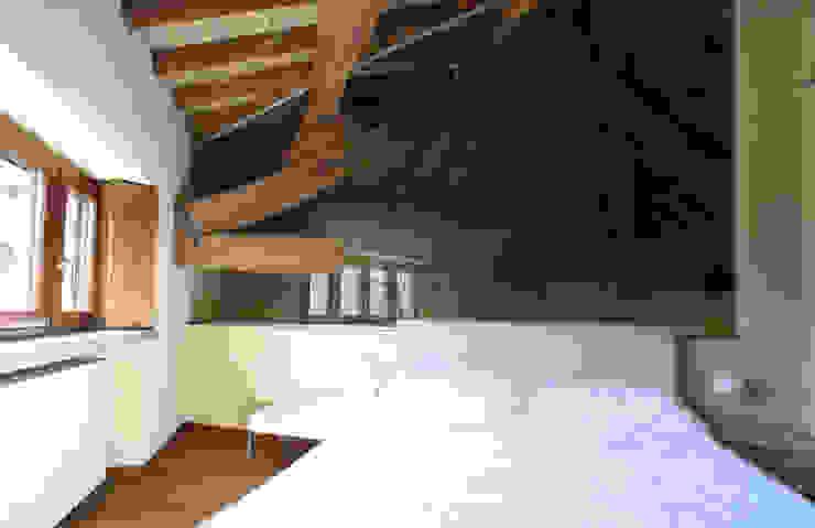 Dormitorios de estilo rural de ARCHITETTO FRANCA DE GIULI Rural