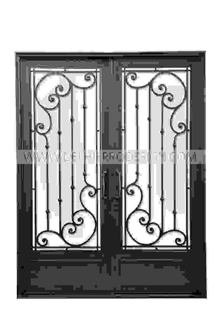 Puerta de entrada de Del Hierro Design Ecléctico Hierro/Acero