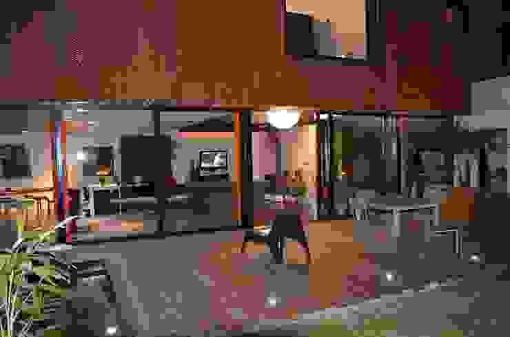 Maison Loos Balcon, Veranda & Terrasse modernes par C+BO Moderne