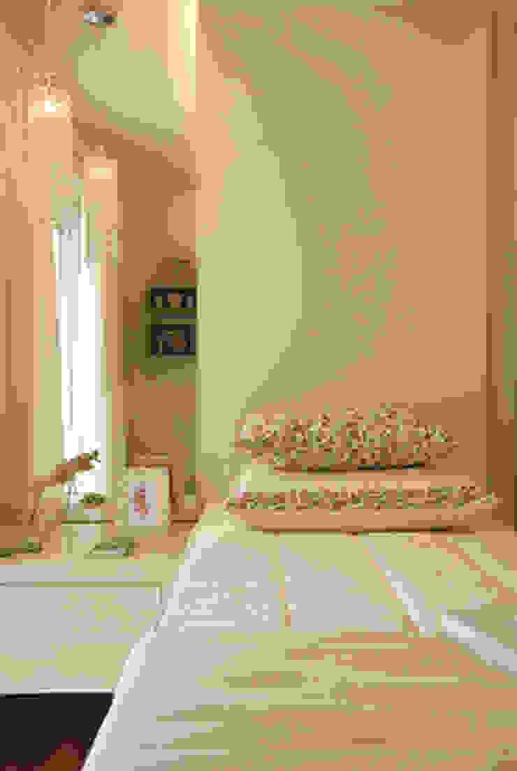 Apartamento residencial – Ed. Lumina Parque Clube Quarto infantil clássico por Carolina Ouro Arquitetura Clássico