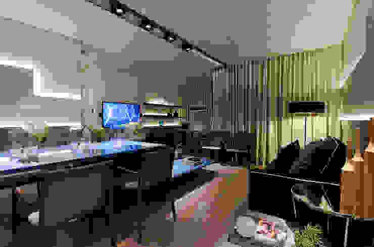 SALA DE ESTAR/ SALA DE JANTAR/ HOME THEATER Salas de jantar modernas por Matheus Menezes Arquiteto Moderno