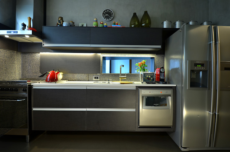 COZINHA DESIGN Cozinhas modernas por HECHER YLLANA ARQUITETOS Moderno