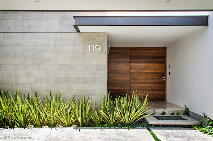 Front doors by homify,
