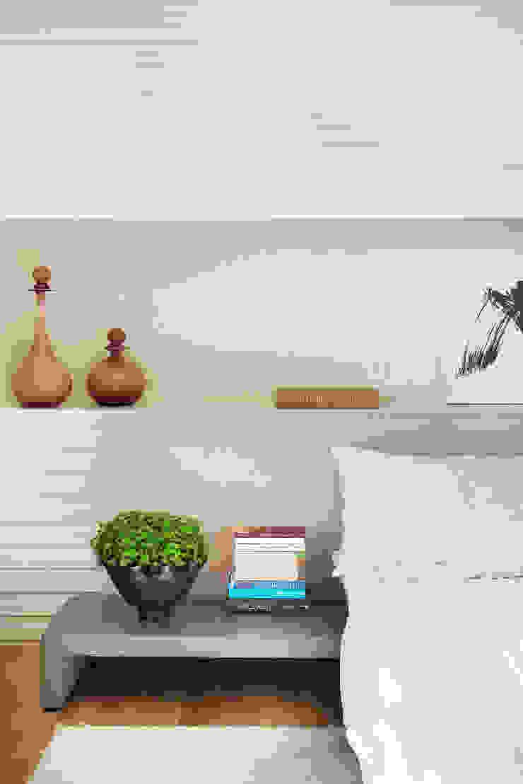 Thaisa Camargo Arquitetura e Interiores Chambre moderne