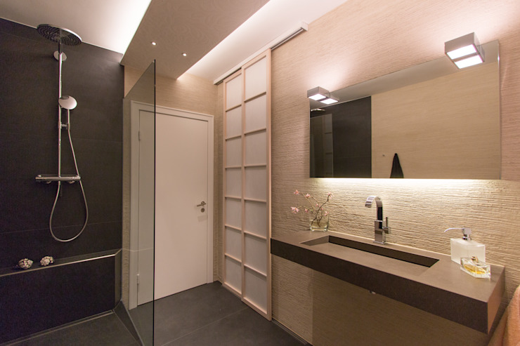 Asian style bathroom by Ulrich holz -Baddesign Asian Stone