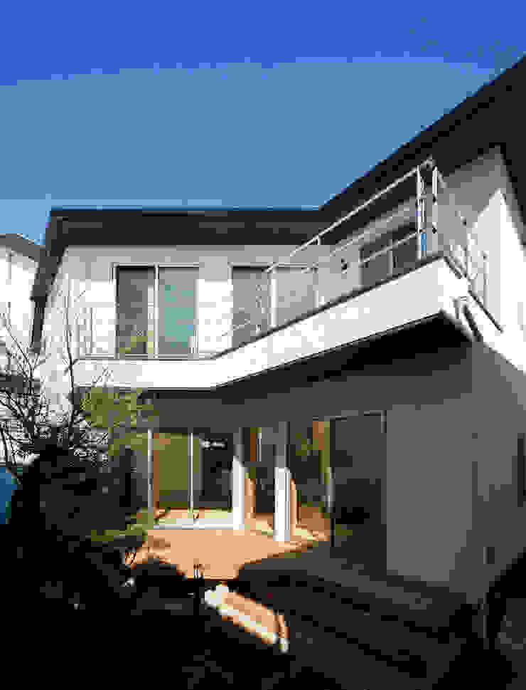 大岡山の家 北欧デザインの テラス の (有)伊藤道代建築設計事務所 北欧