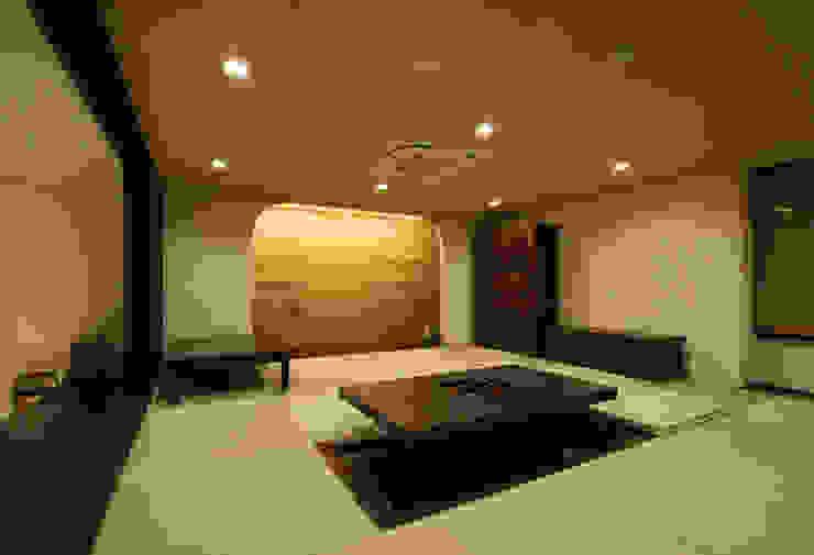by 三浦喜世建築設計事務所