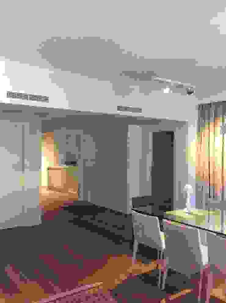 Ruang Keluarga Modern Oleh DyD Interiorismo - Chelo Alcañíz Modern