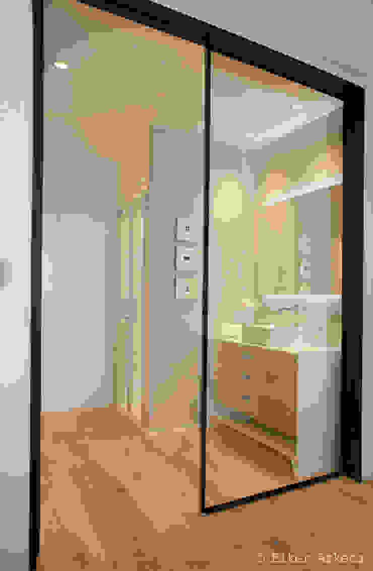 MADG Architect 現代浴室設計點子、靈感&圖片