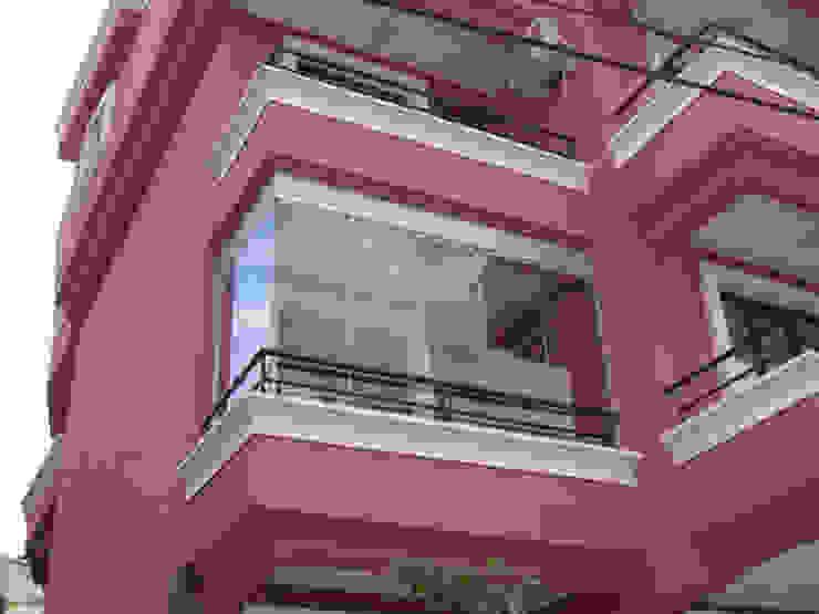Cam Balkon Modern Balkon, Veranda & Teras armoni yapı Modern