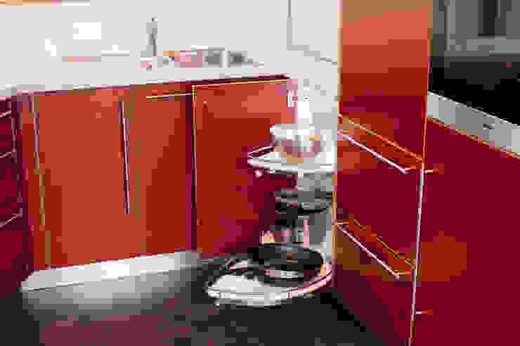 Modern Kitchen by Schreinerei Mayle Modern