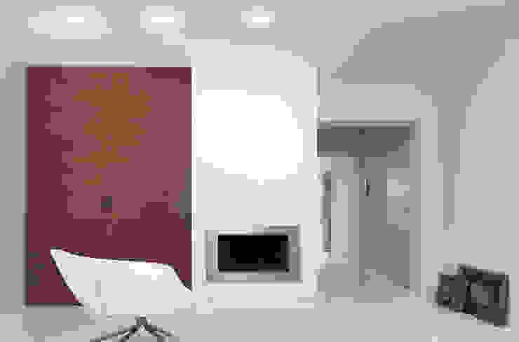 Residenza Privata Sala multimediale minimalista di Reggiani SPA Illuminazione Minimalista