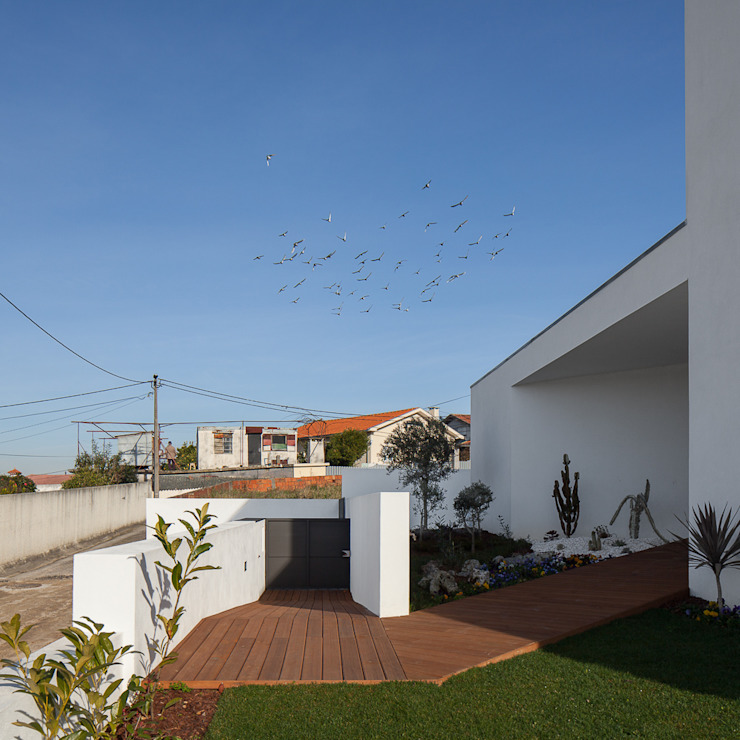 Houses by PEDROHENRIQUE|ARQUITETO, Modern