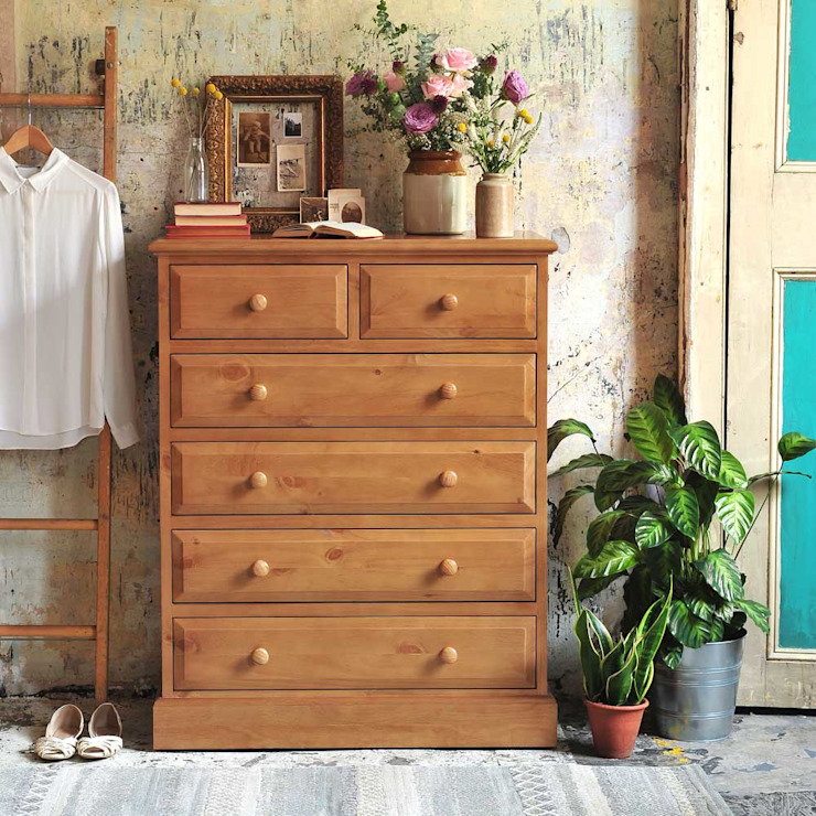 Windsor Pine 6 Drawer Chest Country style bedroom by The Cotswold Company Country Wood Wood effect