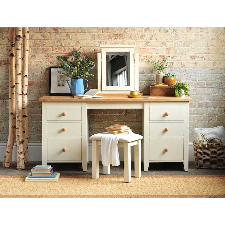 Mottisfont Painted Large Dressing Table Set Country style bedroom by The Cotswold Company Country Wood Wood effect