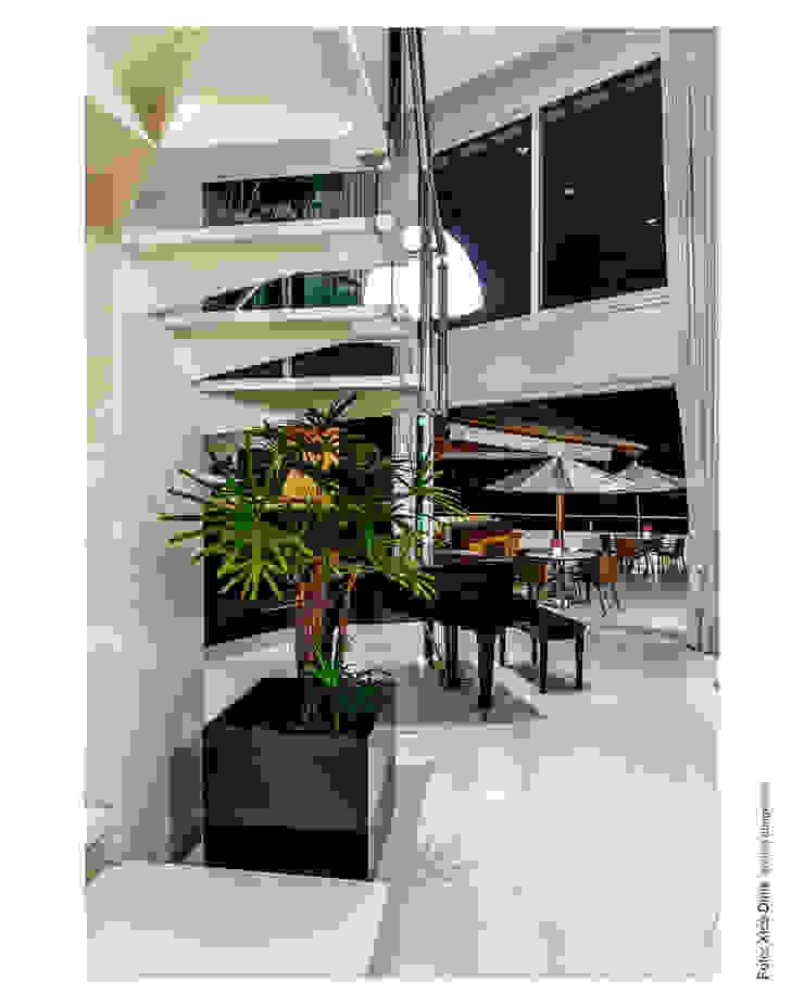 Área externa integrada com o Living Salas de estar clássicas por Cristiane Pepe Arquitetura Clássico