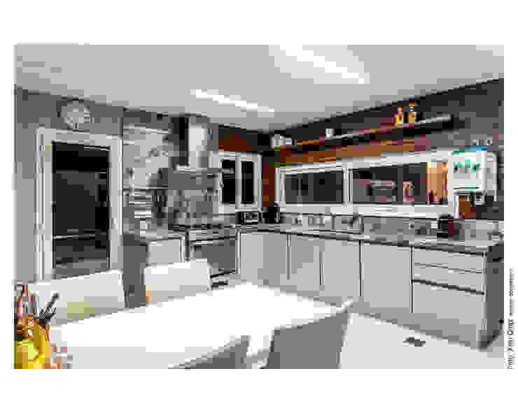 Cozinha e copa Cozinhas clássicas por Cristiane Pepe Arquitetura Clássico