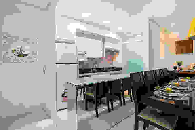 Amanda Pinheiro Design de interiores Modern kitchen