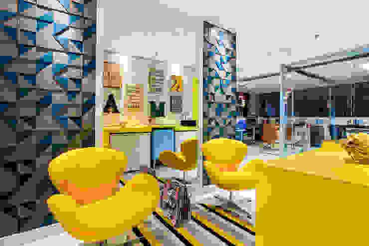 by Amanda Pinheiro Design de interiores Сучасний
