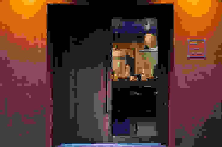 Hanabi Chinese Restaurant 日本家屋・アジアの家 の Innovation Studio Okayama 和風 鉄/鋼