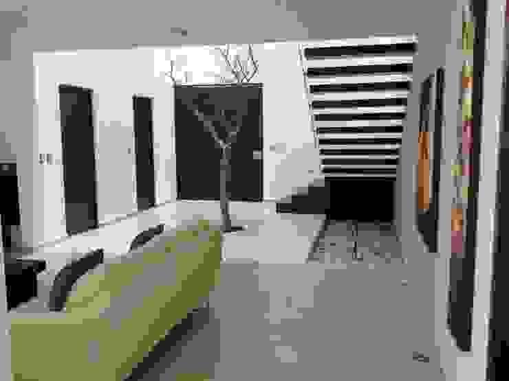 Salas / recibidores de estilo  por SANTIAGO PARDO ARQUITECTO